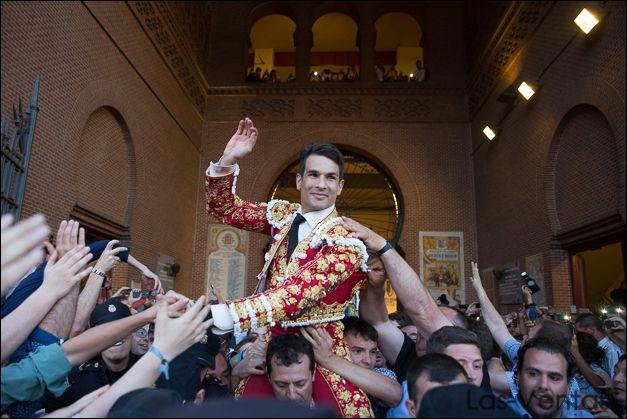 José María Manzanares por la Puerta Grande el 1 de junio